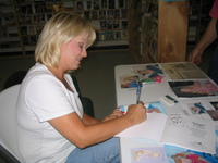 Book_signing_81305_010
